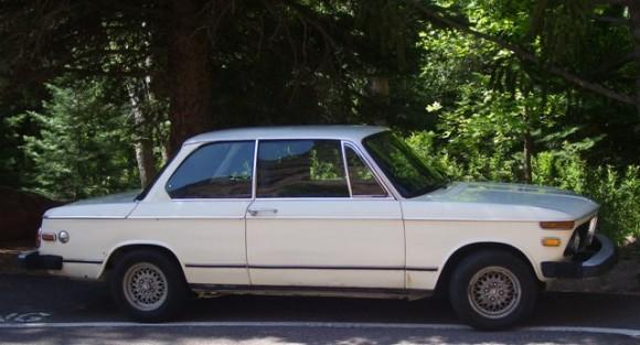 1975-BMW-2002_rob03